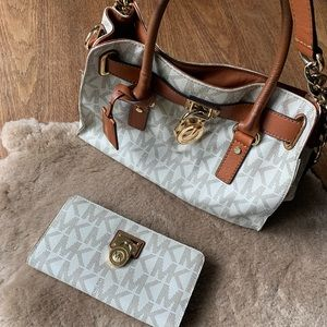 Michael Kors Matching Satchel & Wallet Set